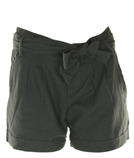 pantaloni-scurti-stradivarius