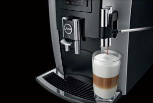 Jura E8 preparare cafea