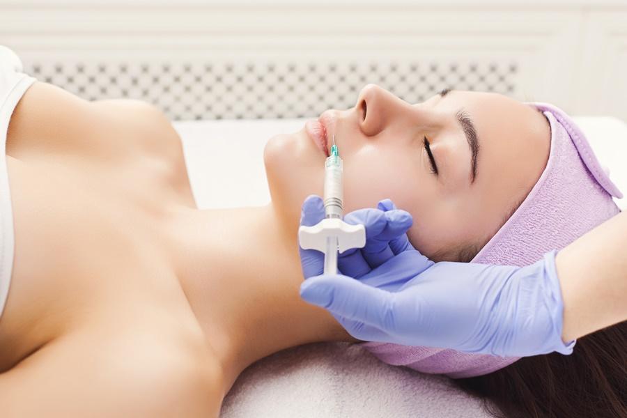 Injectie cu botox anti-rid