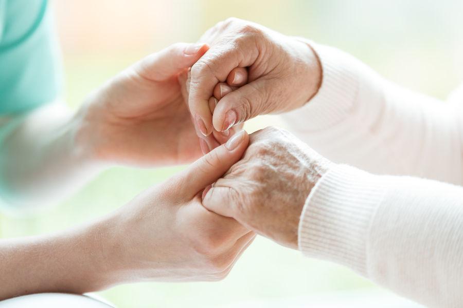 Batran cu boala Parkinson