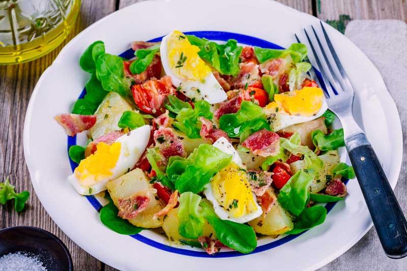 dieta-cu-oua-fierte-salata