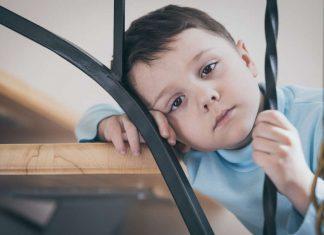 Copil cu autism