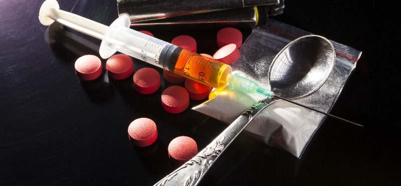 consumul-de-droguri-amestecate