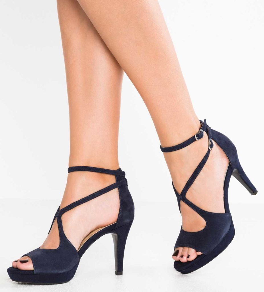 sandale-tocuri-inalte
